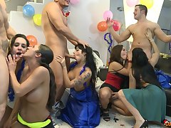 Gigi Love double penetrated at a wild group lovemaking party