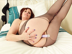 British milf Lover Diamonds toys will not hear of creamy cunny